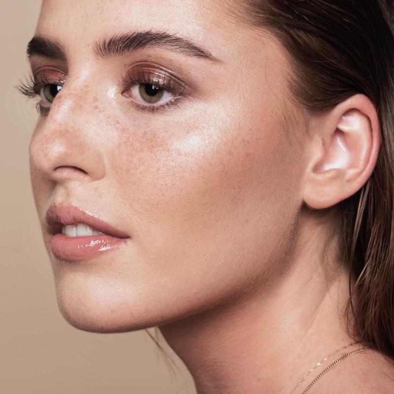 Natural Luminous Skin